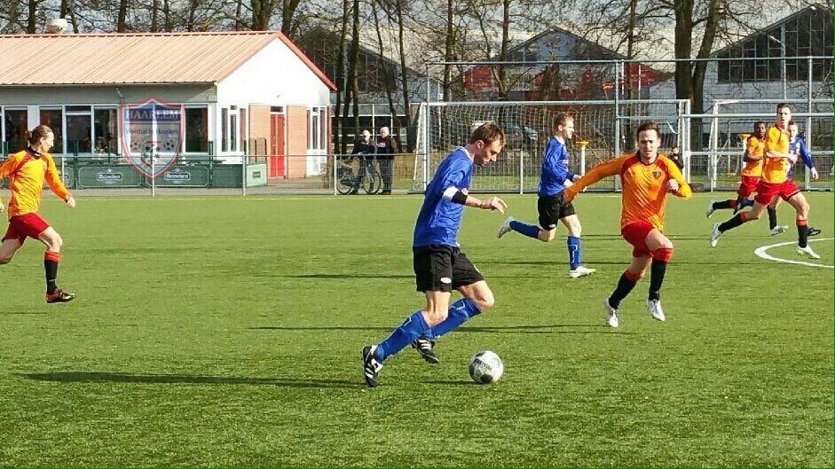 VEW - HLMKLD - Voetbal in Haarlem