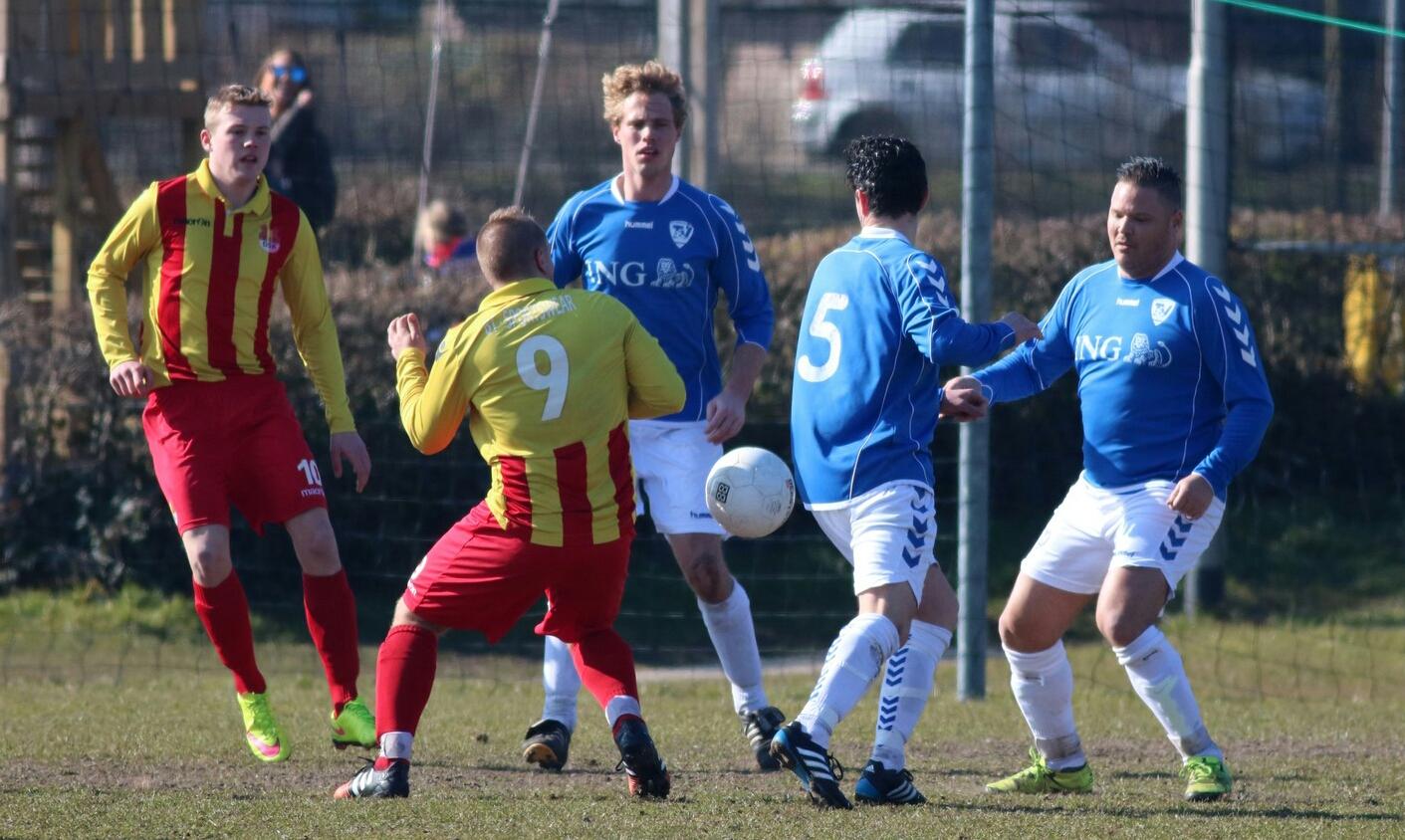 Terrasvogels - DSK - Voetbal in Haarlem