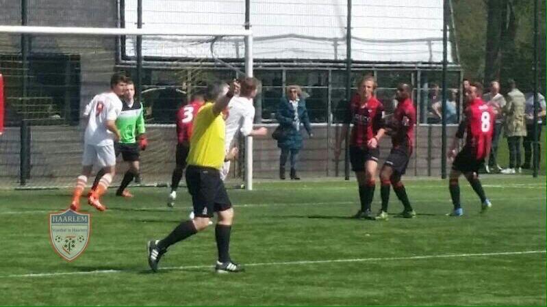 EDO - Bloemendaal - Voetbal in Haarlem