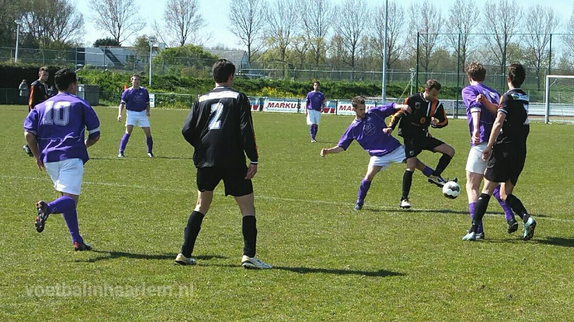 Spaarnwoude - HBC - Voetbal in Haarlem