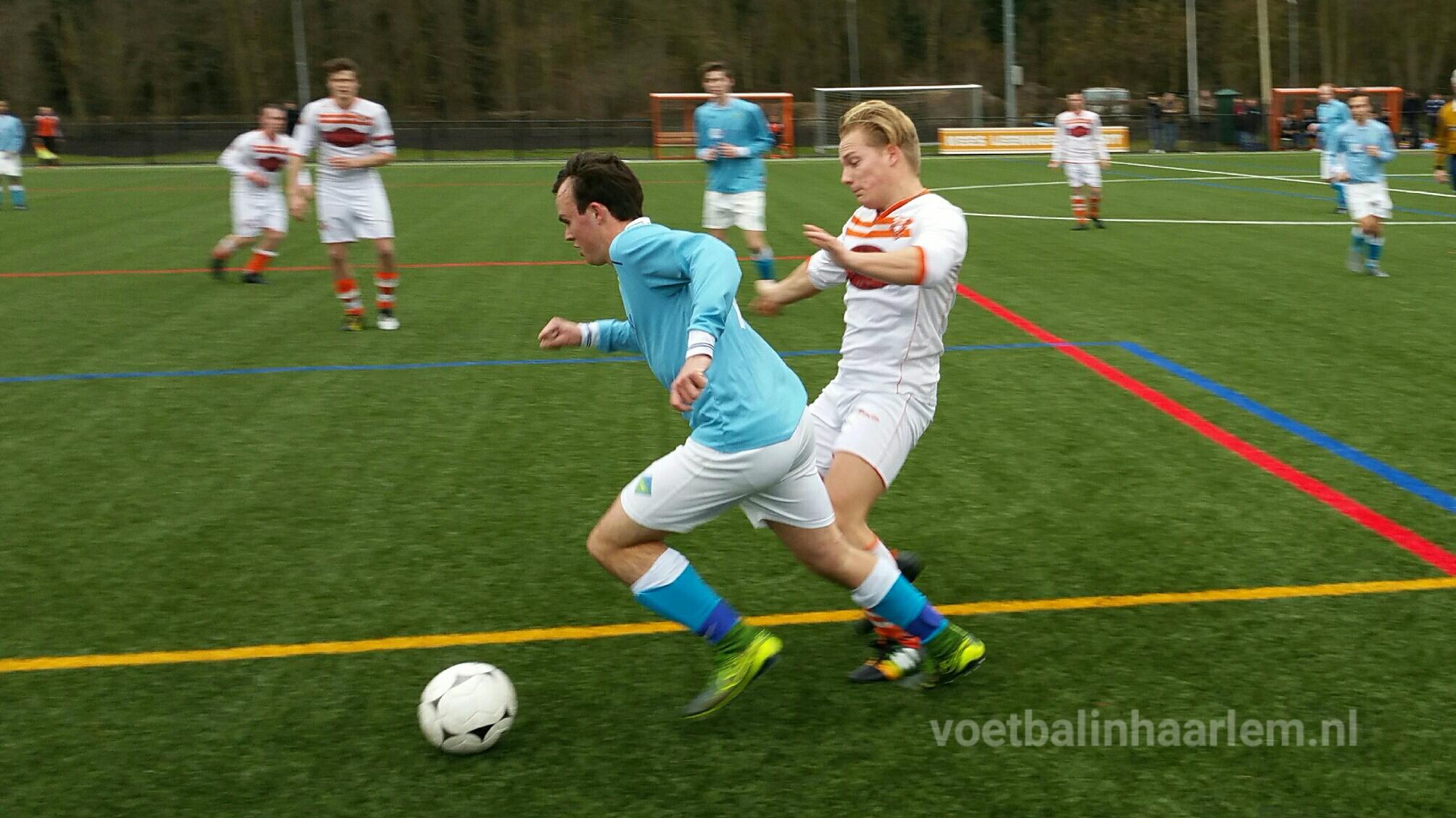 Bloemendaal - UNO - Voetbal in Haarlem