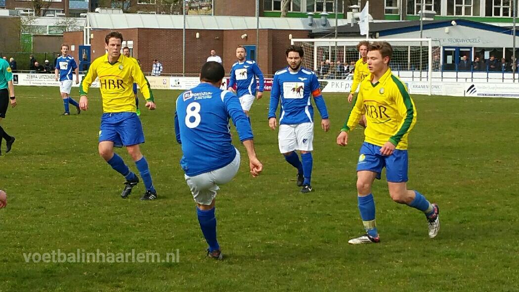 Stormvogels - Voetbal in Haarlem
