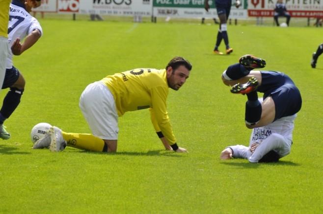 Kon. HFC - UNA - Voetbal in Haarlem