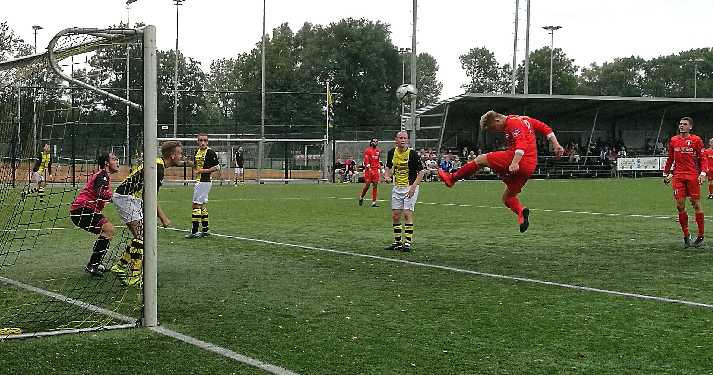 Schoten - Weesp - Voetbal in Haarlem