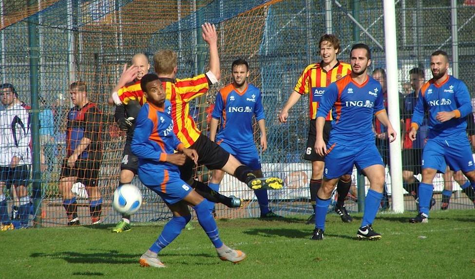 Olympia Haarlem - Sporting Martinus - Voetbal in Haarlem