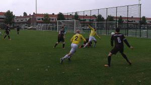 Geel-Wit - Nieuw-Sloten - Voetbal in Haarlem