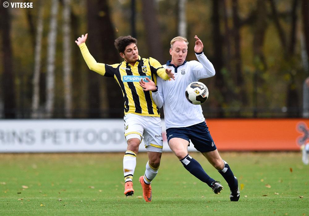 Vitesse - HFC - Voetbal in Haarlem