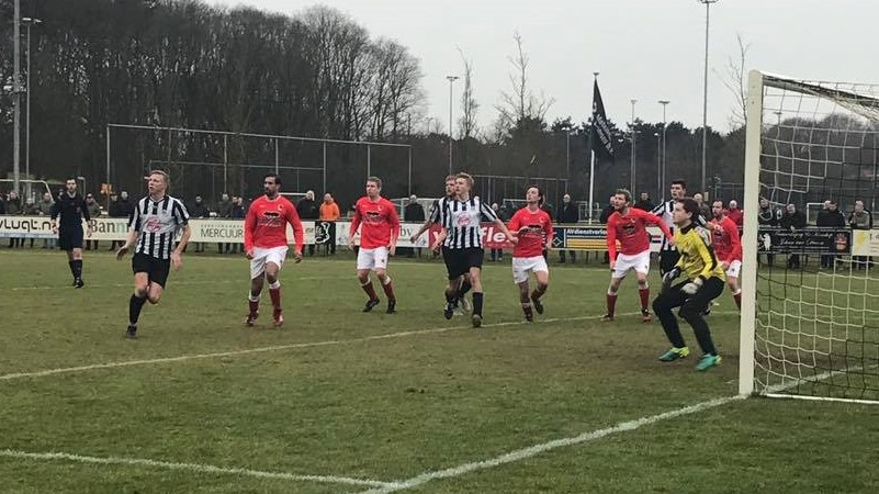 IJmuiden - SCW - Voetbal in Haarlem