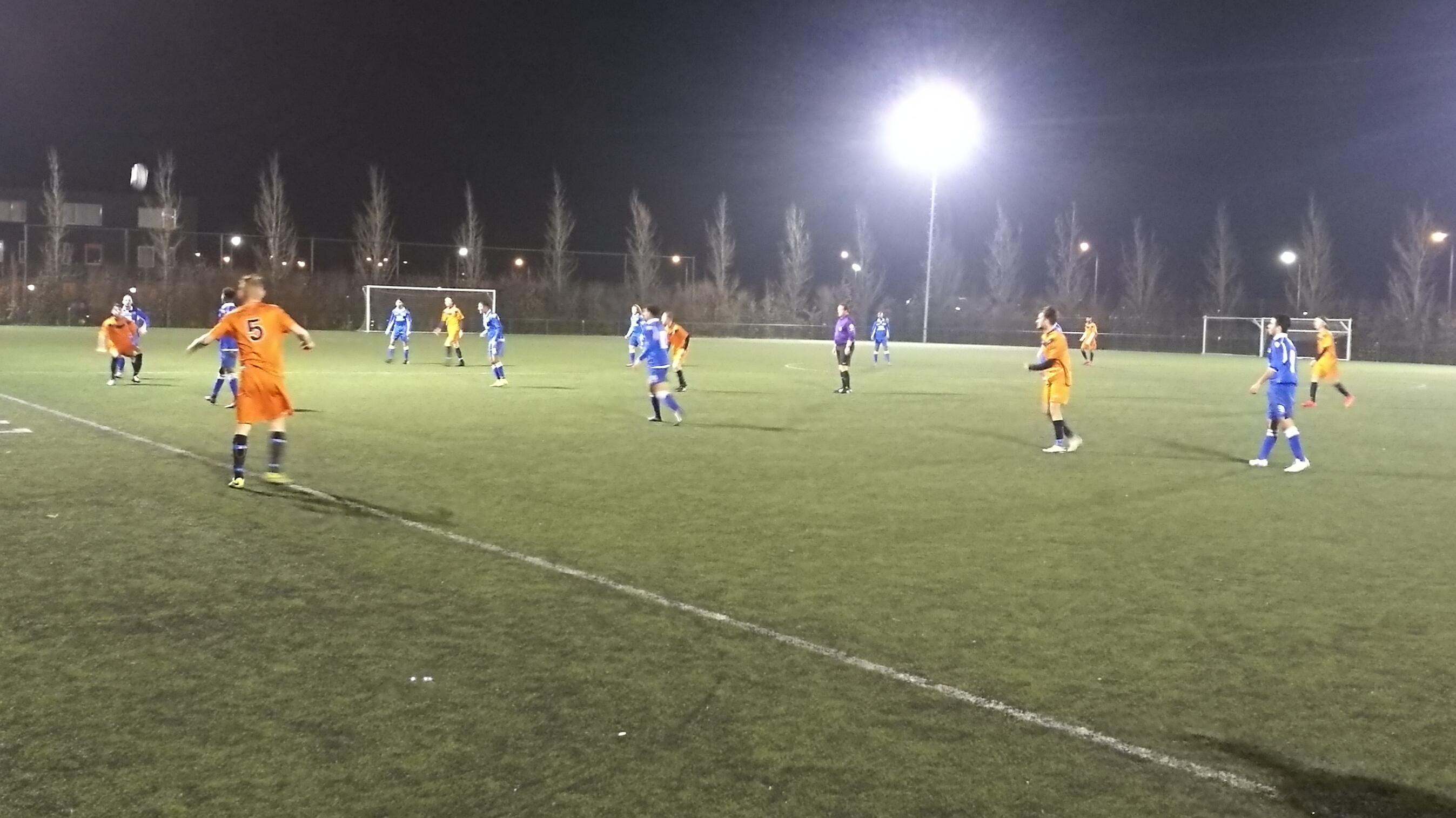 VVC - United/DAVO - Voetbal in Haarlem