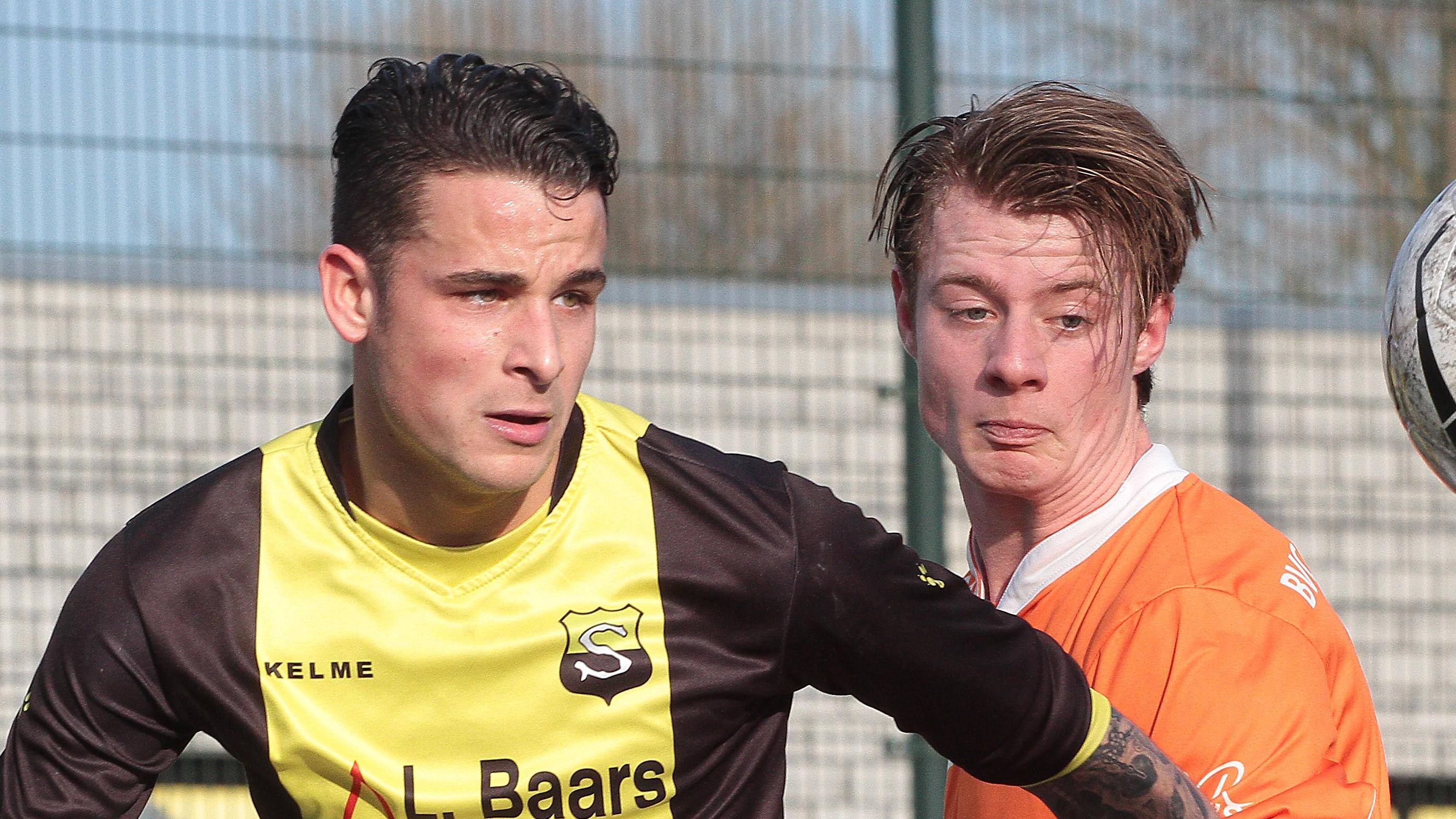 Schoten - Bloemendaal - Voetbal in Haarlem