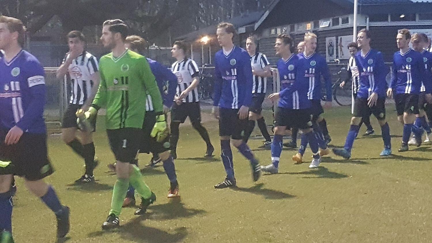 IJmuiden - VEW - Voetbal in Haarlem