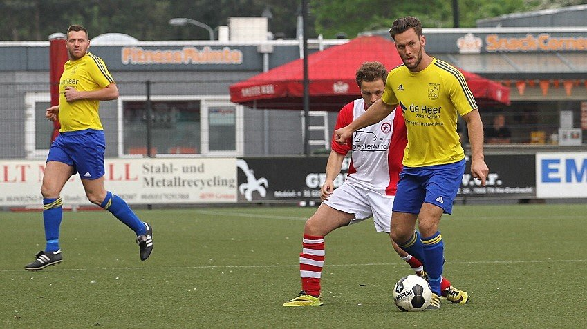 Velsen - Voetbal in Haarlem