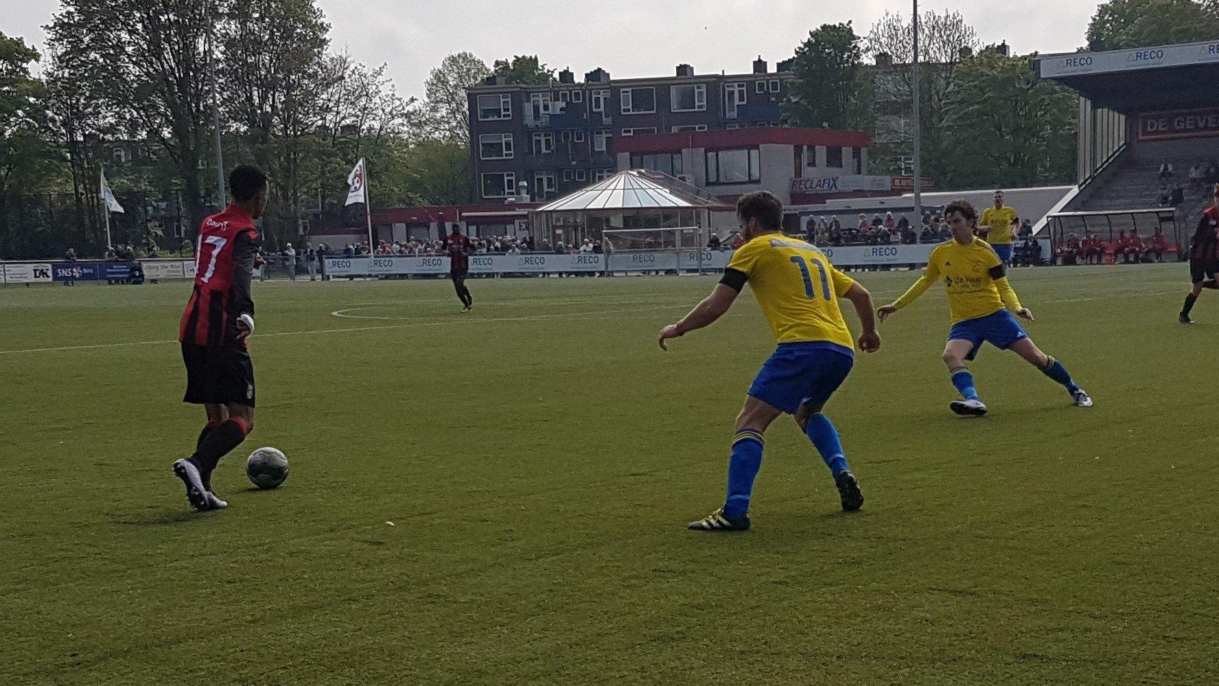 EDO - Velsen - Voetbal in Haarlem