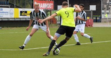 Telstar - IJmuiden - Voetbal in Haarlem