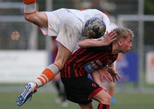 EDO-Bloemendaal-Voetbal-in-Haarlem