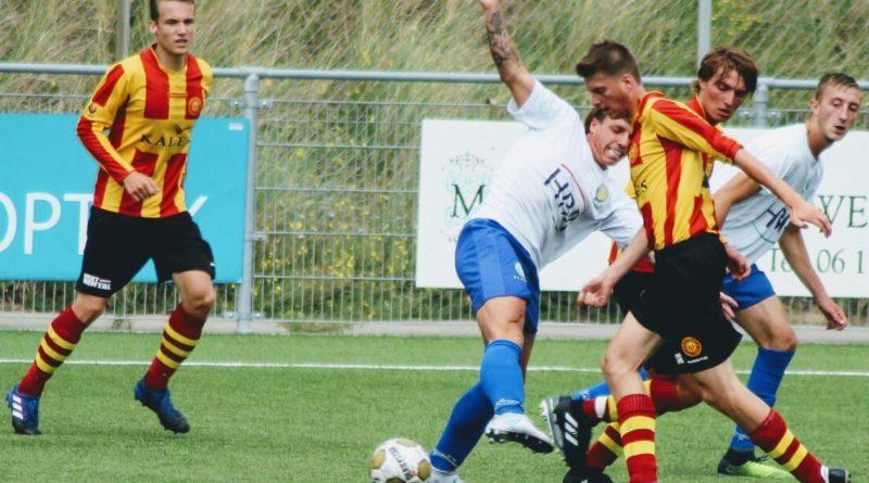 Zandvoort-Ter-Leede-Voetbal-in-Haarlem