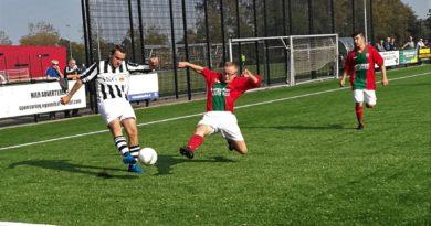 Onze-Gezellen-DSS-Voetbal-in-Haarlem