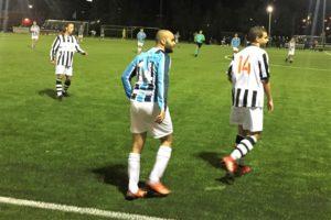 Onze-Gezellen-UNO-Voetbal-in-Haarlem