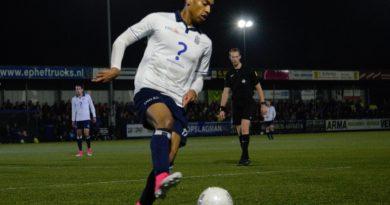 GVVV-Koninklijke-HFC-Voetbal-in-Haarlem