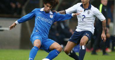Koninklijke-HFC-Barendrecht-Voetbal-in-Haarlem