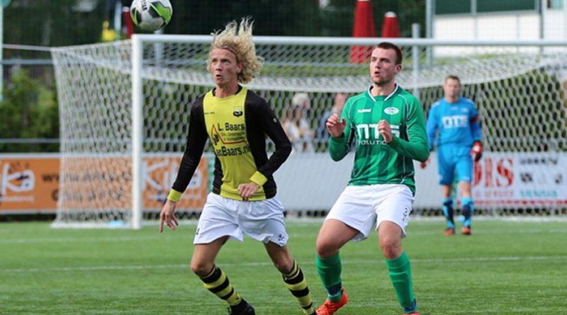 RODA-Schoten-Voetbal-in-Haarlem