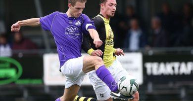 Schoten-Spaarnwoude-Voetbal-in-Haarlem