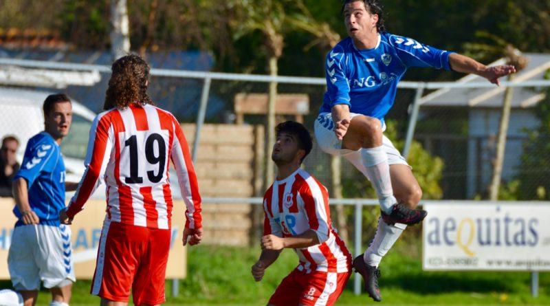 Terrasvogels-Waterloo-Voetbal-in-Haarlem