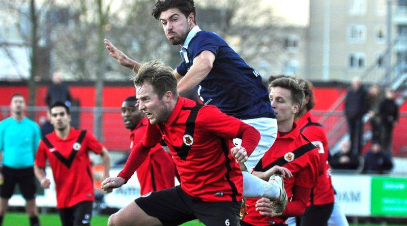 AFC-Koninklijke-HFC-Voetbal-in-Haarlem