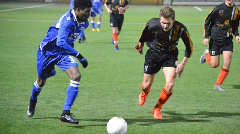 HBC-O23-UnitedDAVO-O23-Voetbal-in-Haarlem