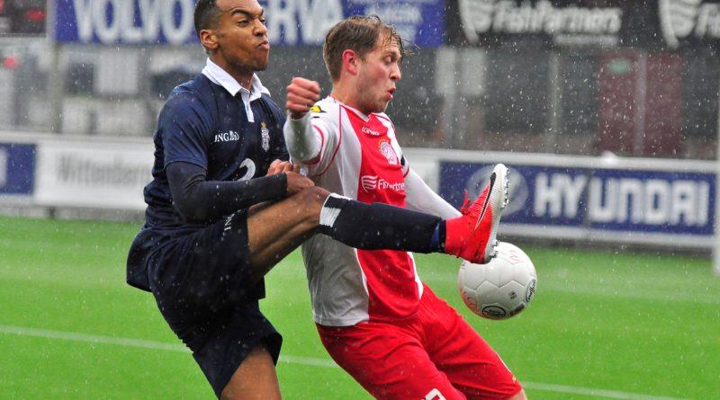 IJsselmeervogels-Koninklijke-HFC-Voetbal-in-Haarlem (7)