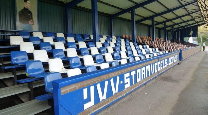 Stormvogels-Voetbal-in-Haarlem