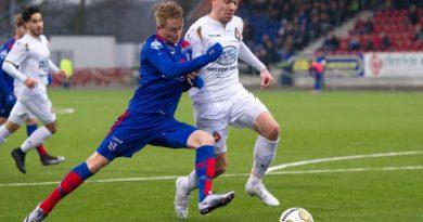 Benjamin-vd-Broek-Voetbal-in-Haarlem