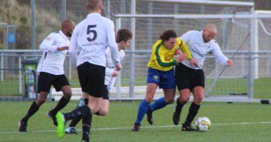 Zandvoort-ZSGOWMS-Voetbal-in-Haarlem