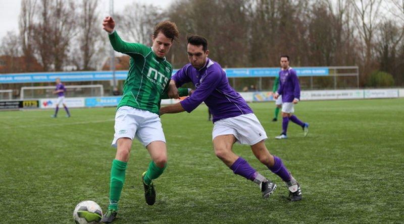 Roda23-Spaarnwoude-Voetbal-in-Haarlem