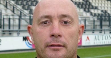 Ted-Saunier-Voetbal-in-Haarlem