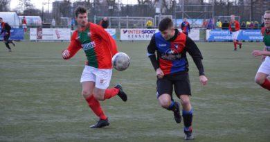 DSS-Zwanenburg-Voetbal-in-Haarlem (5)