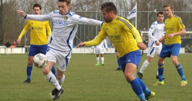 Velsen-Legmeervogels-Voetbal-in-Haarlem
