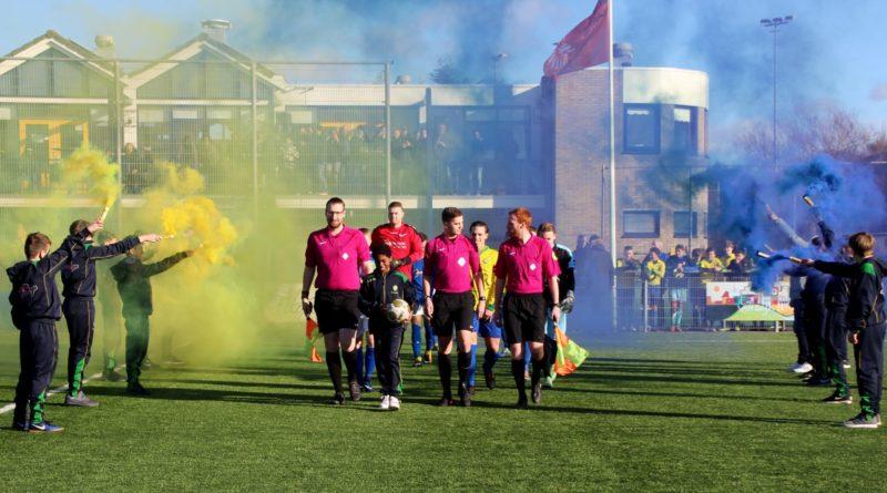 Zandvoort-Stormvogels-Voetbal-in-Haarlem (1)