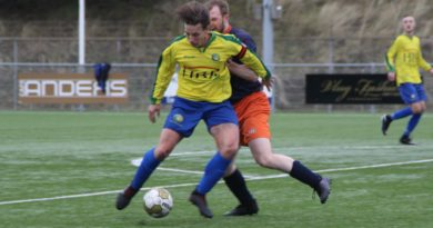Berg-Zandvoort-Voetbal-in-Haarlem