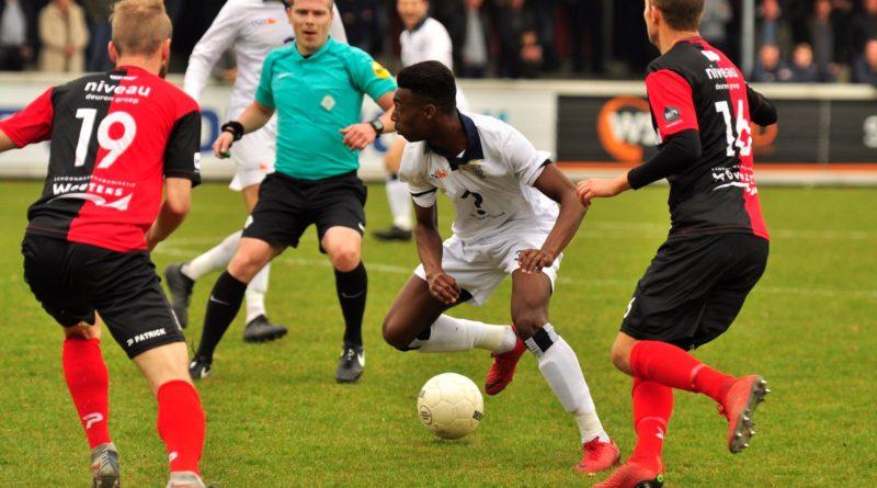 De-Treffers-Koninklijke-HFC-Voetbal-in-Haarlem (1)