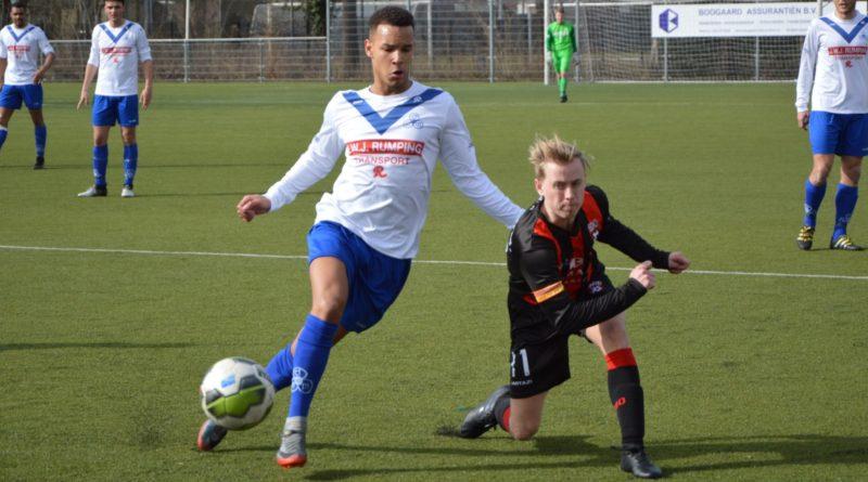 EDO-DEM-Voetbal-in-Haarlem (7)
