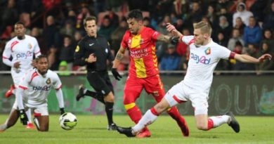 Go-Ahead-Eagles-Telstar-Voetbal-in-Haarlem