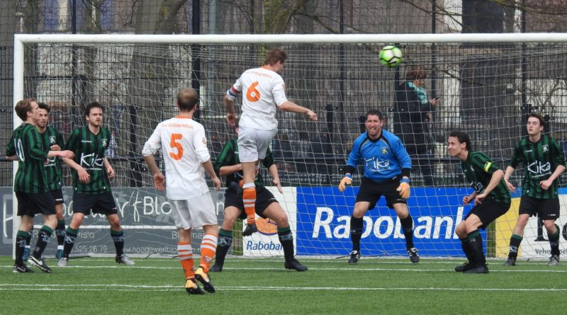 Bloemendaal-Alliance22-Voetbal-in-Haarlem