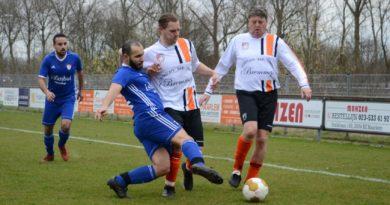 HYS-HBC-Voetbal-in-Haarlem (69)