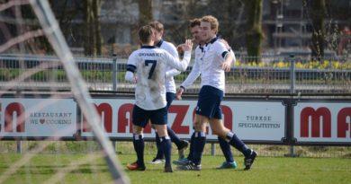 HYS-Koninklijke-HFC-Voetbal-in-Haarlem (2)