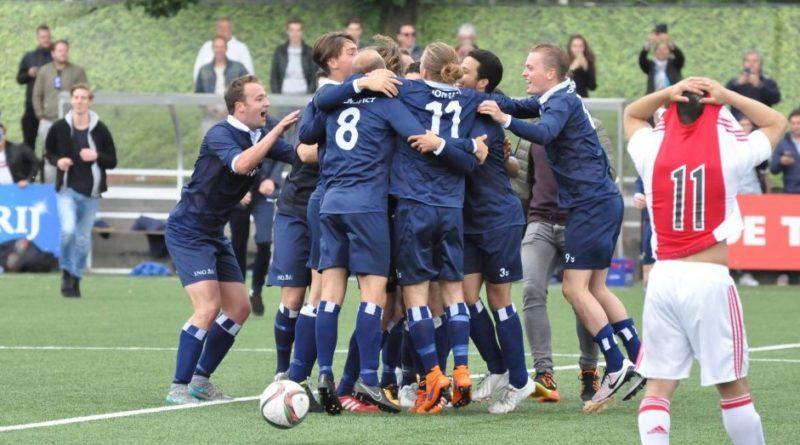 Jong-Koninklijke-HFC-Voetbal-in-Haarlem