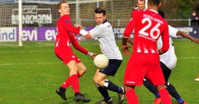 Koninklijke-HFC-Excelsior-Maassluis-Voetbal-in-Haarlem (12)