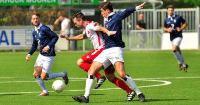 Kozakken-Boys-Koninklijke-HFC-Voetbal-in-Haarlem (6)