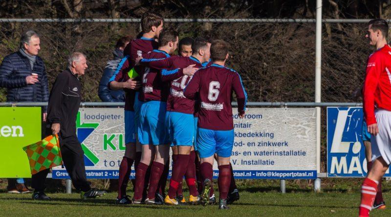Overbos-Voetbal-in-Haarlem