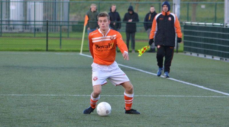 Spaarnwoude-Bloemendaal-Voetbal-in-Haarlem (17)